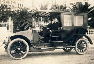 Limousine photo from 1911